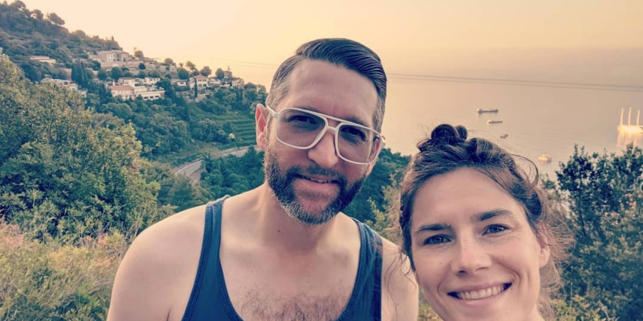 Amanda Knox Wants You To Help Crowdfund Her Space-Themed Wedding (And No, You're NotInvited)