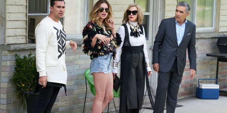 6 Unexpected Life Lessons That Made 'Schitt's Creek' Win Over MyHeart
