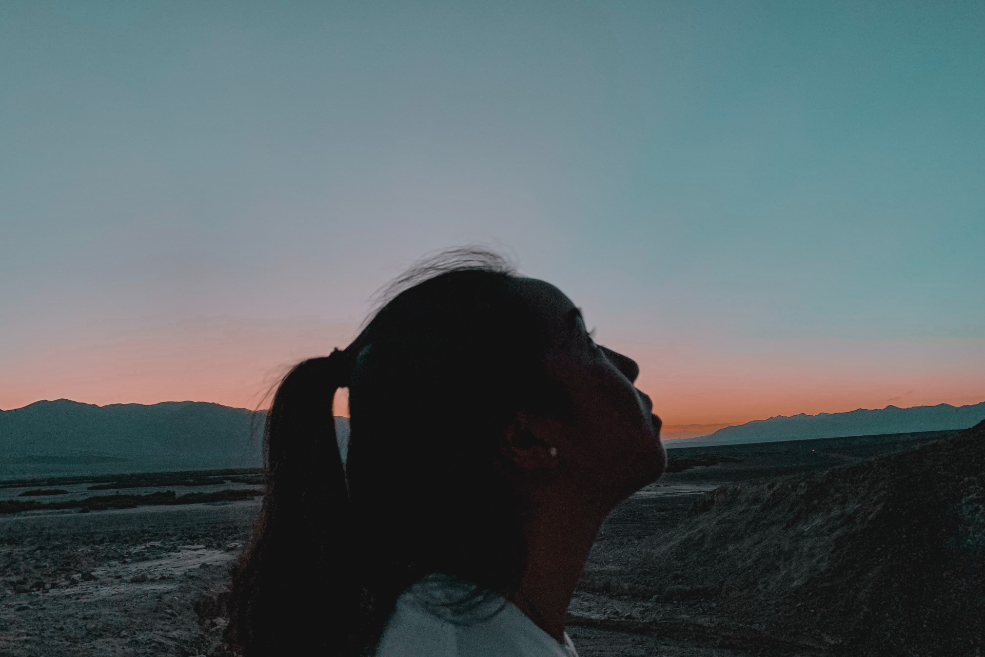 This Is What Your Anxiety Is Trying To Tell You When You Are Alone