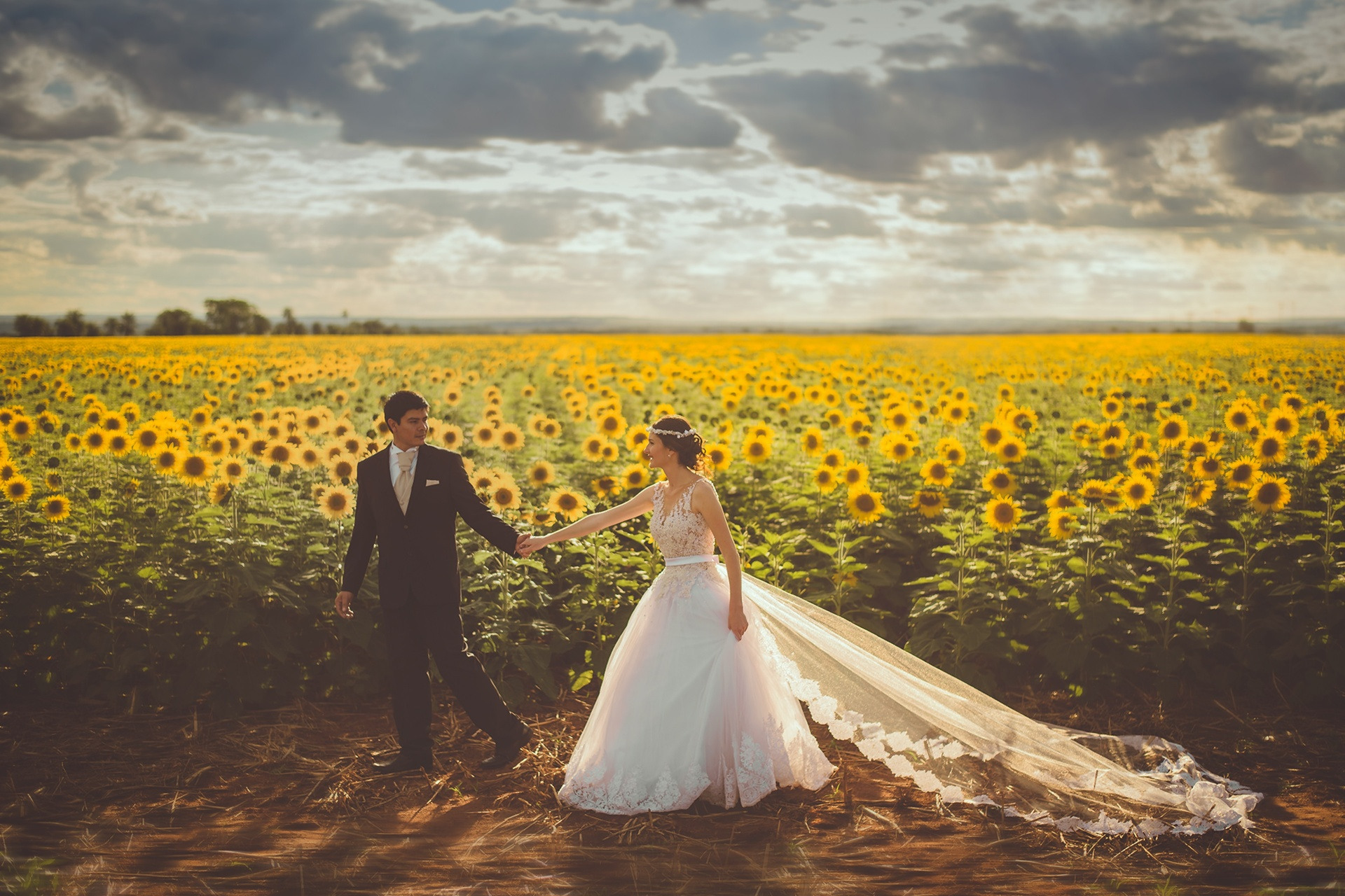 50 Questions You Should Ask Before Booking Your Wedding Venue