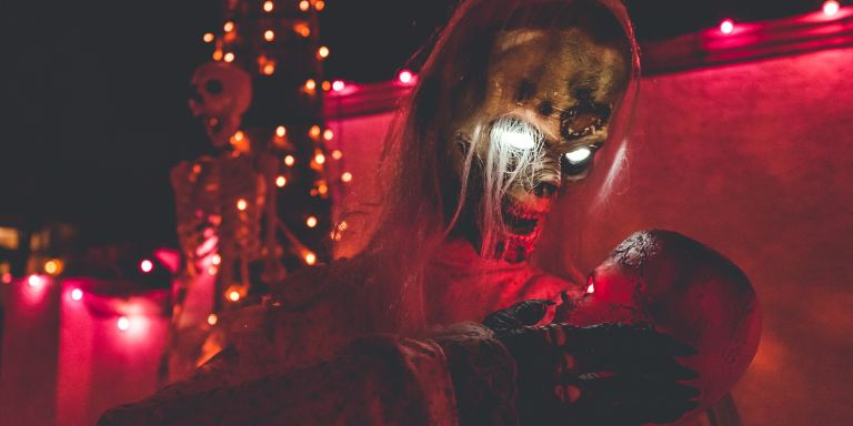 13 Haunted House Scarers On The Funniest Times They Ever Scared The Shit Out OfSomeone