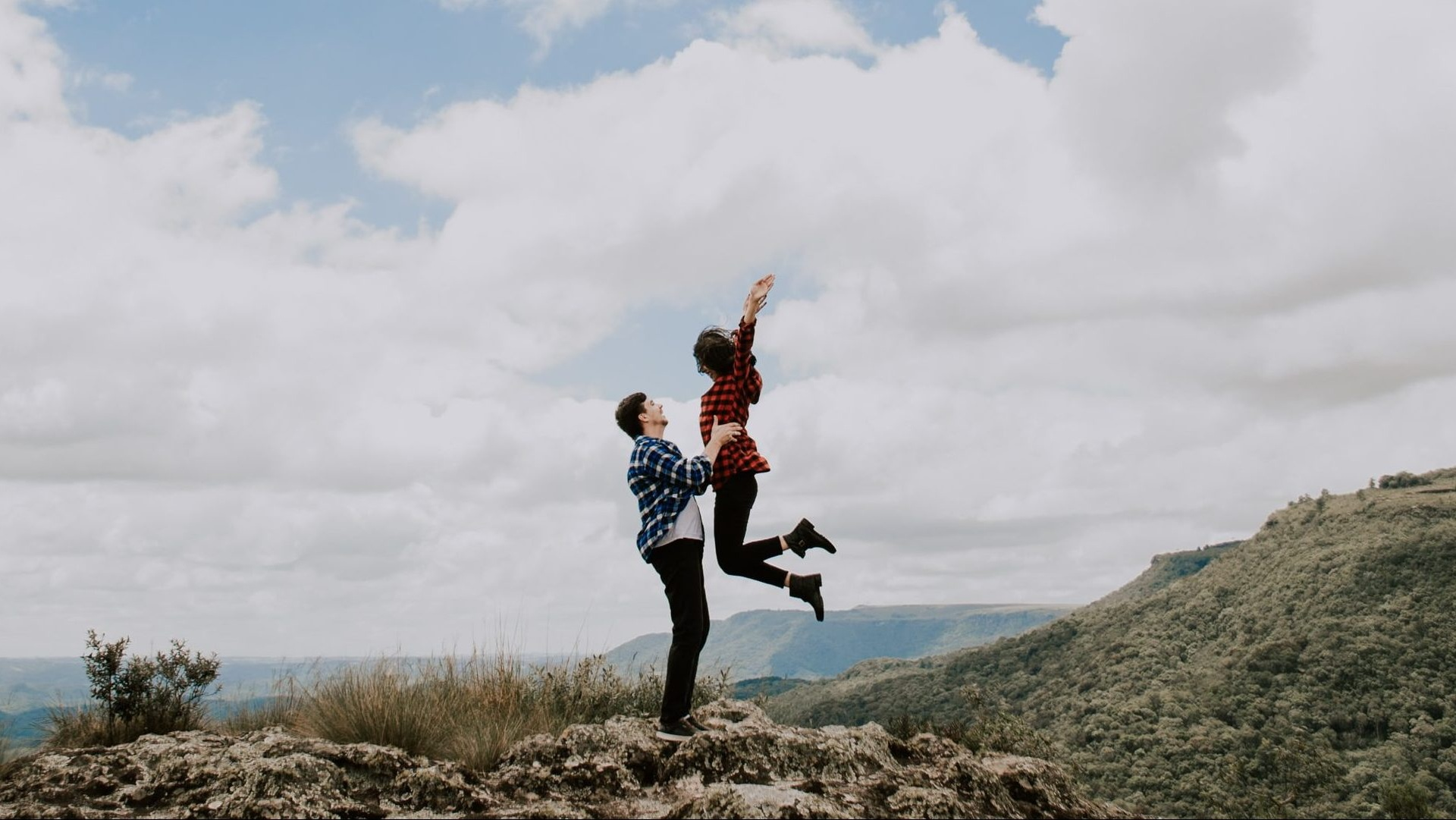 You Probably Aren't Their First Priority If They Do These 20 Things