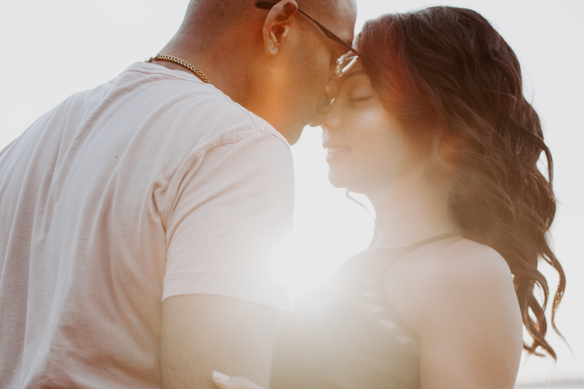 3 Tips To Becoming A More Dateable Man