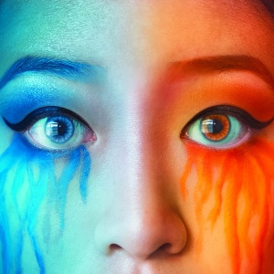 Artist Series: How To Change Your Eye Color In Photos with Natalia Seth