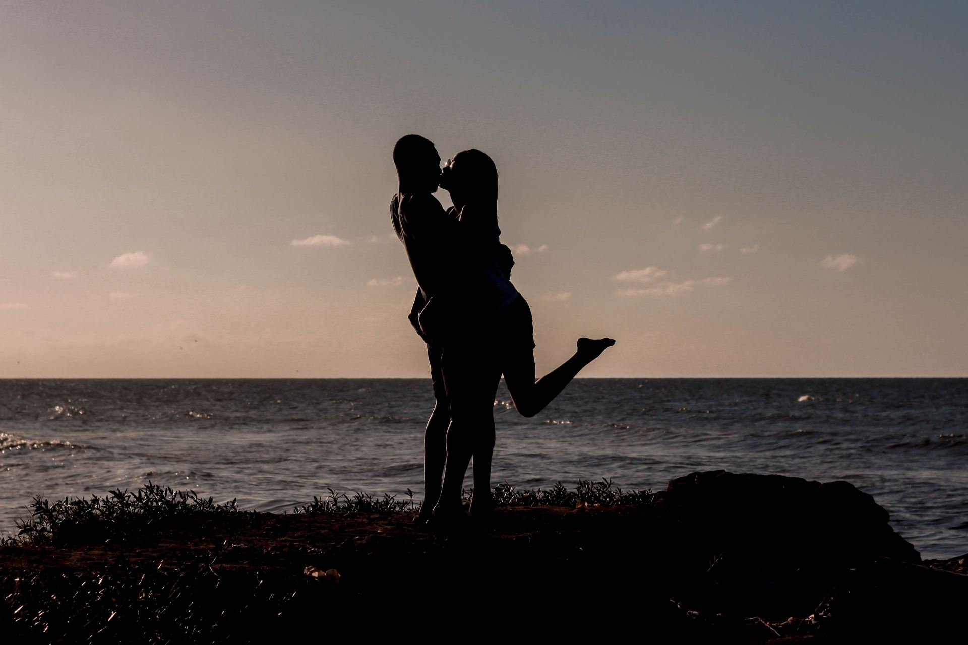 What He Needs From You In Order To Make The Relationship Work, Based On His Zodiac Sign