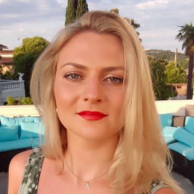 Alexandra Hearth
