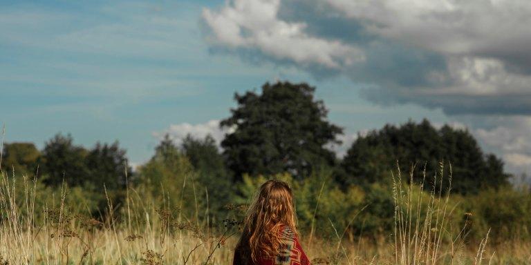 How Bec Hansen Is Using Her Platform To Promote EndometriosisAwareness