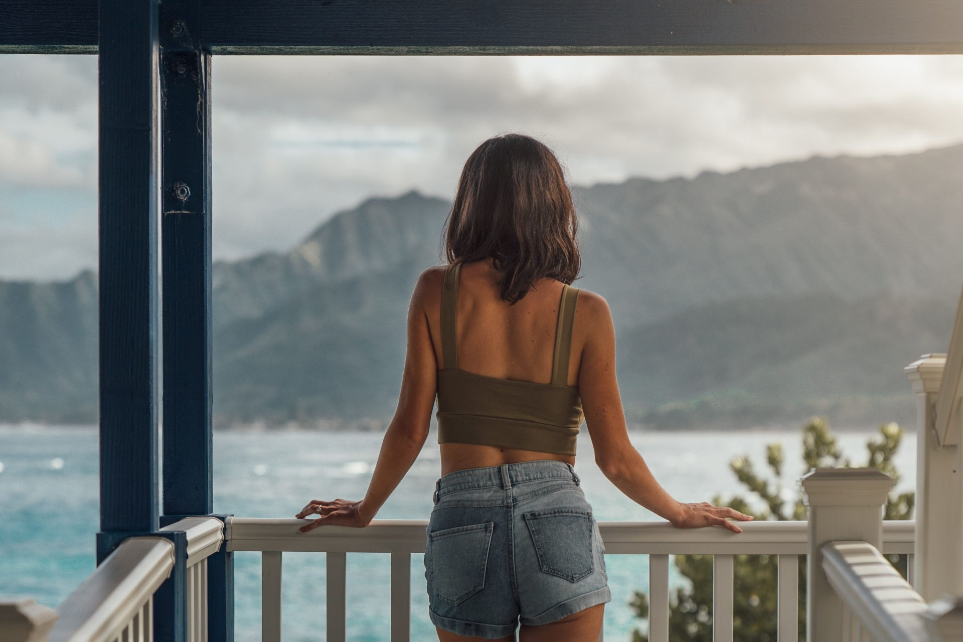 5 Stupidly Simple Ways To Feel More Present To Deepen Your Relationships And Strengthen Your Inner Peace