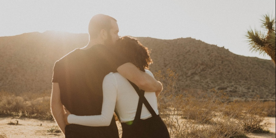 How To Calm Down Your Girlfriend When She's Spiraling, Based On Her ZodiacSign