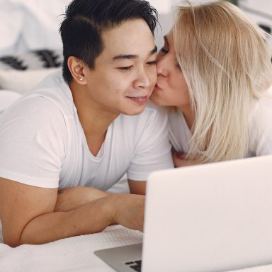 Stop Online Dating And Start Dating Online