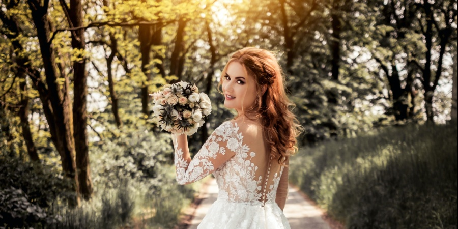 5 Things That Suck About Postponing Your Wedding