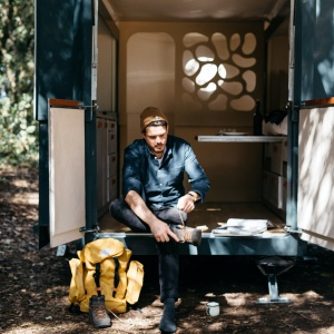 How to Build a Tiny House: Resources, Inspiration [2020]