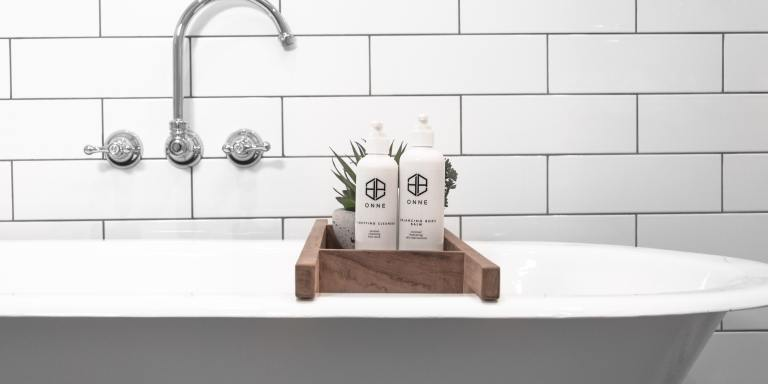 The Best Wall Mount Bathtub Faucets To Inspire Your BathroomRenovation