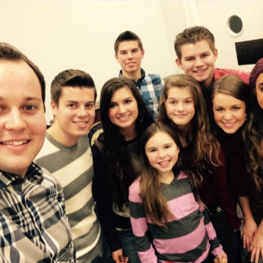 11 Creepy (But Believable) Fan Theories About The Duggar Family