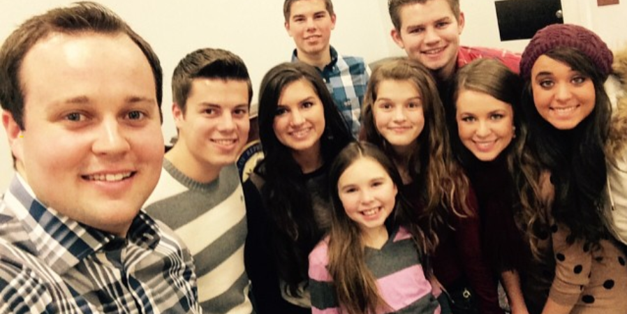 11 Creepy (But Believable) Fan Theories About The DuggarFamily