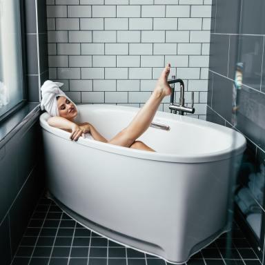 9+ Best Soaking Tubs to Buy