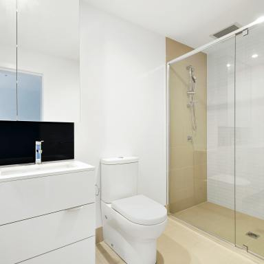 How To Recreate Kim Kardashian & Kanye West's Basinless Sink In Your Bathroom