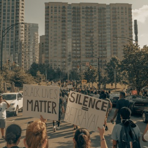 5 Tips For Allies On How To Actively Listen About Black Lives Matter