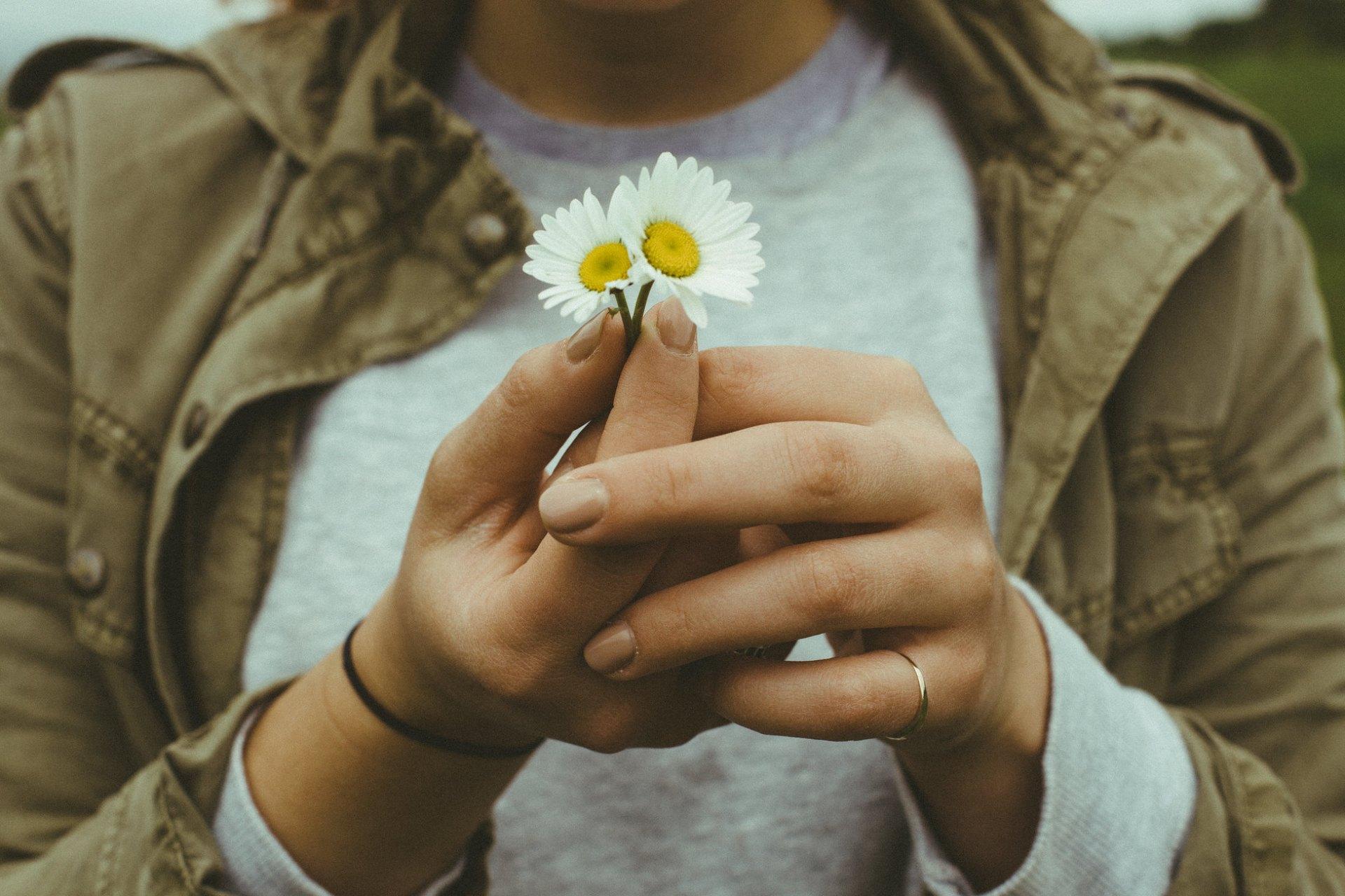 11 Tiny Ways To Make Everyday Life Feel Like Magic