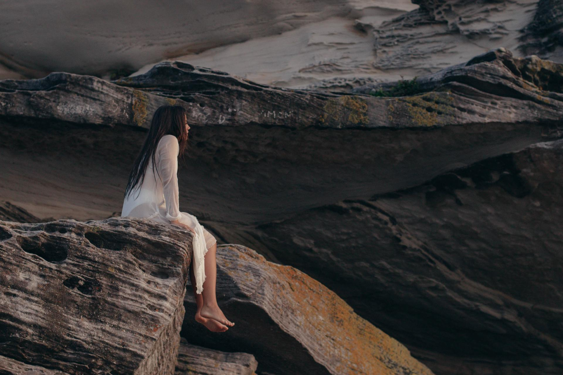 10 Gentle Reminders For When Getting Over Them Feels Impossible