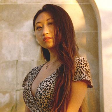 Jenna  Song
