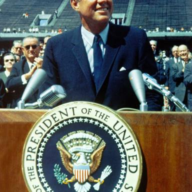 60+ John F. Kennedy Quotes On Politics and Freedom