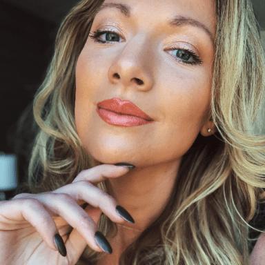 Alexa Loebel