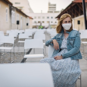 Read This If Quarantine Is Making You Feel Lonely