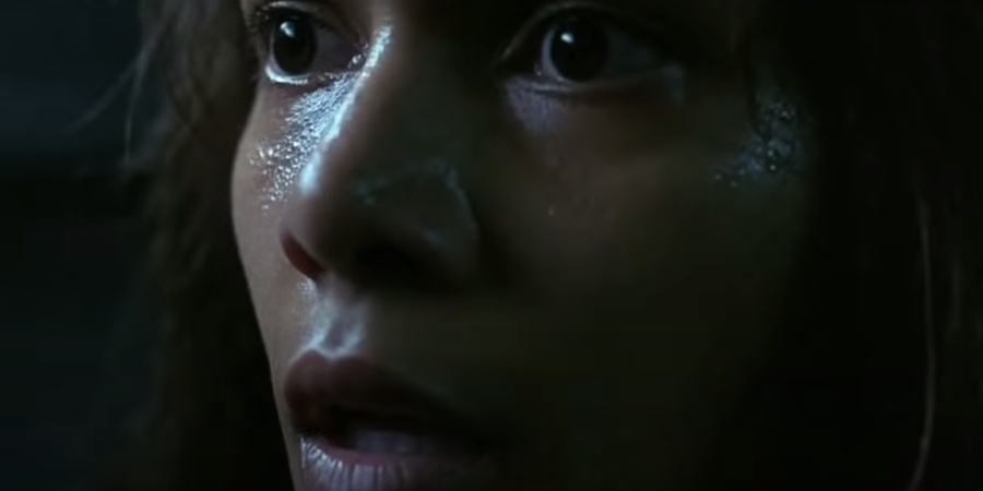The Creepiest Part Of 'Gothika' Most PeopleMissed