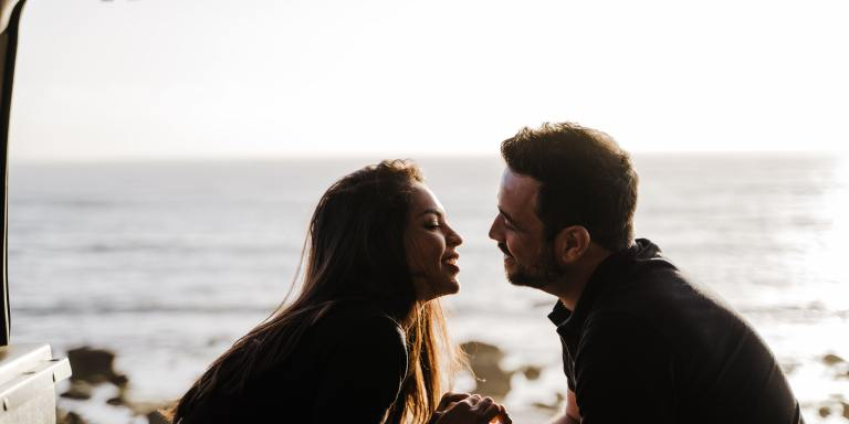 Cancer and Leo: Friendship and LoveCompatibility