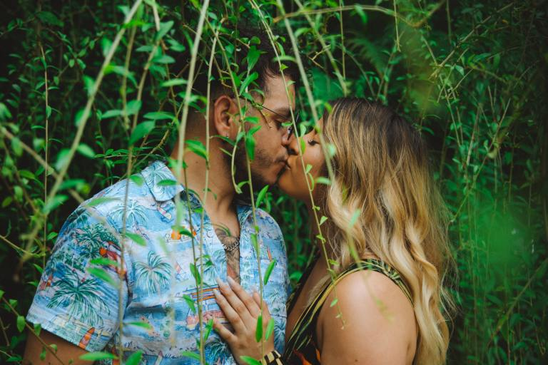 30 Dating Show Contestants Spill The Truth About Filming 'The Bachelor' And 'Love Is Blind'