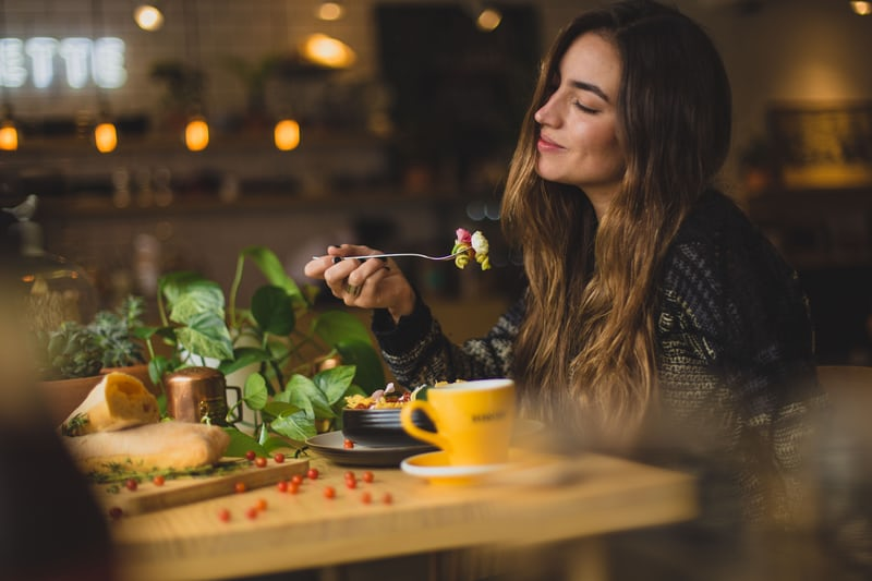 30 Hot Tips From Chefs That Will Help You Impress Your Date