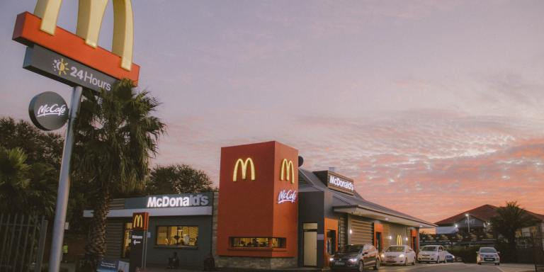 120+ Tricky Fast Food TriviaQuestions